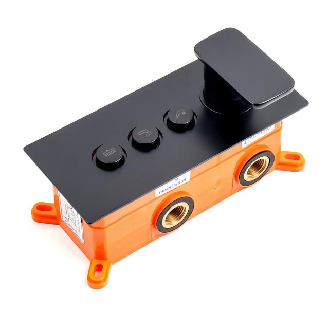 Смеситель скрытого монтажа для душевой системы BSKV-10 с кнопочным переключателем на 3 положения.