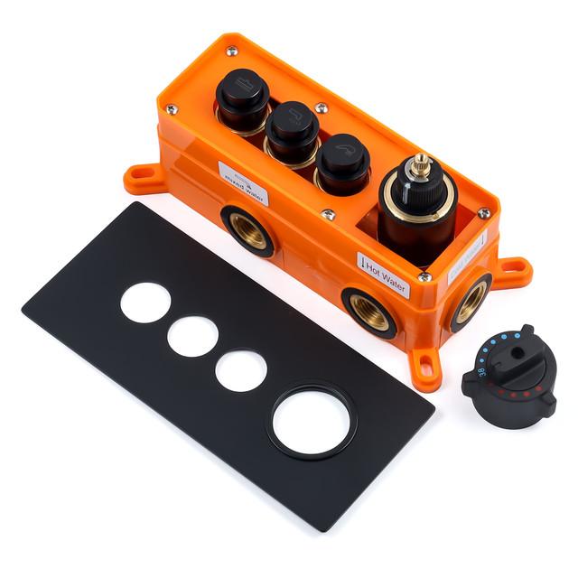 Душевой набор для скрытого монтажа BSKT-04 с термостатическим смесителем.