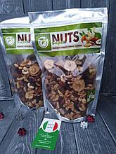 Горішків та сухофруктів Super Nuts