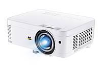 Короткофокусный проектор XGA 3600 ANSI лм