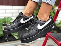 Женские кожаные зимние кроссовки Nike Air Force чёрные, фото 1