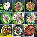 Годинник в металевому обідку до 30 см зі стабілізованим мохом Дерев'яні настінні Оригінальний декор подарунок, фото 4