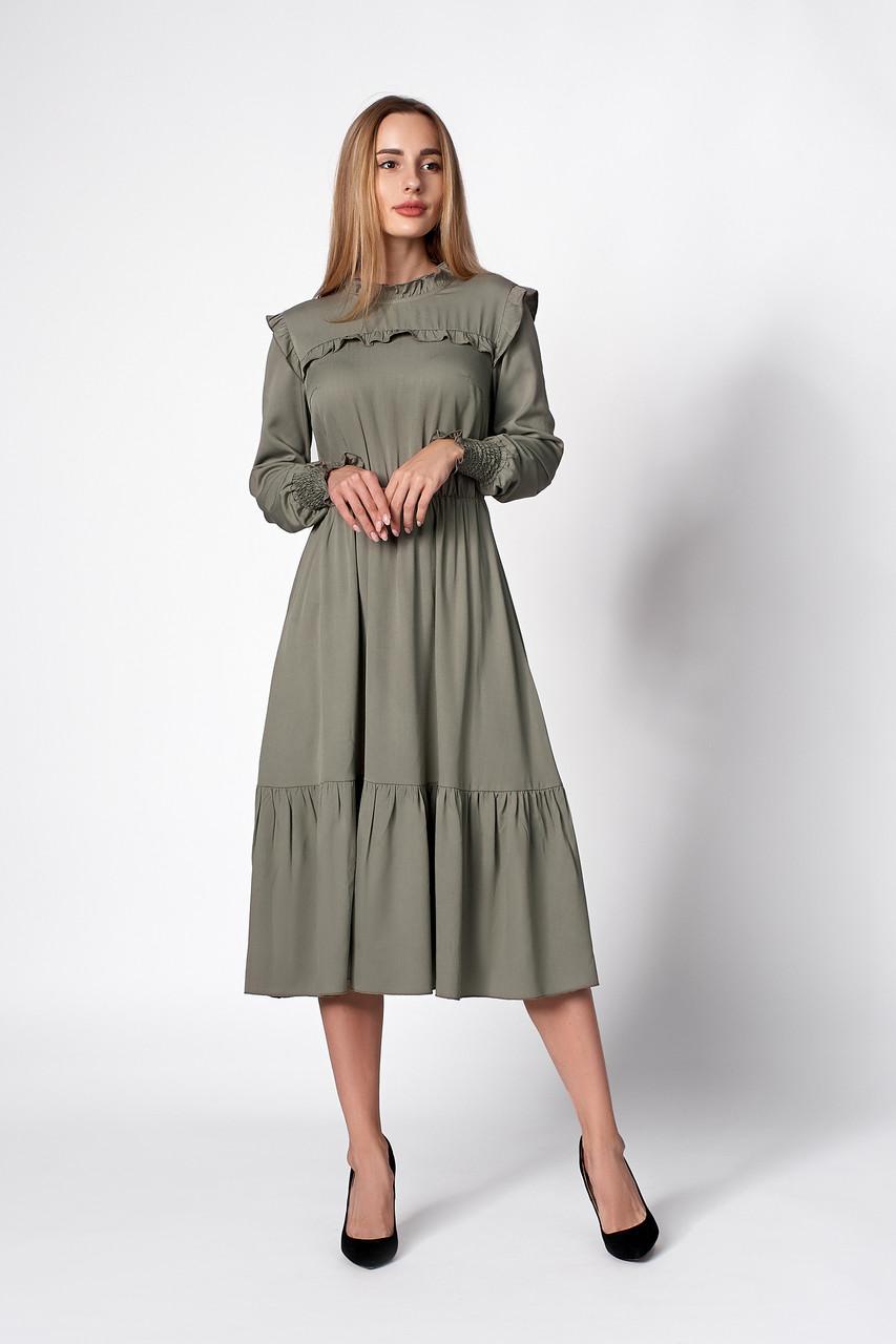 Элегантное платье цвета хаки
