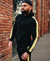 Мужской зимний спортивный костюм на флисе с капюшоном теплый черный с желтым . Живое фото