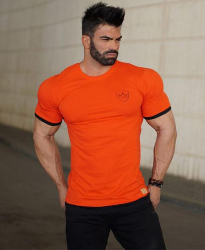 Облягає Футболка бавовняна MCET оранжевого кольору
