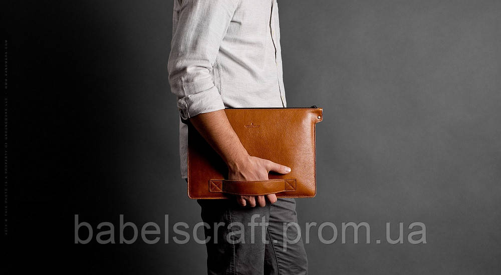 Папка кожаная HandWers для ноутбука 15' BERING  коричневый