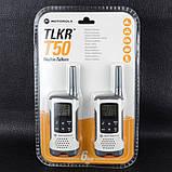 Рация Motorola TLKR T50 (0.5W, PMR446, 446 MHz, до 6 км, 8 каналов, 4xAAA), комплект 2шт, бело-серая, фото 7