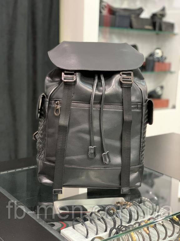 Кожаный вместительный рюкзак Боттега Венета черный на завязках | Повседневный рюкзак Боттега мужской женский