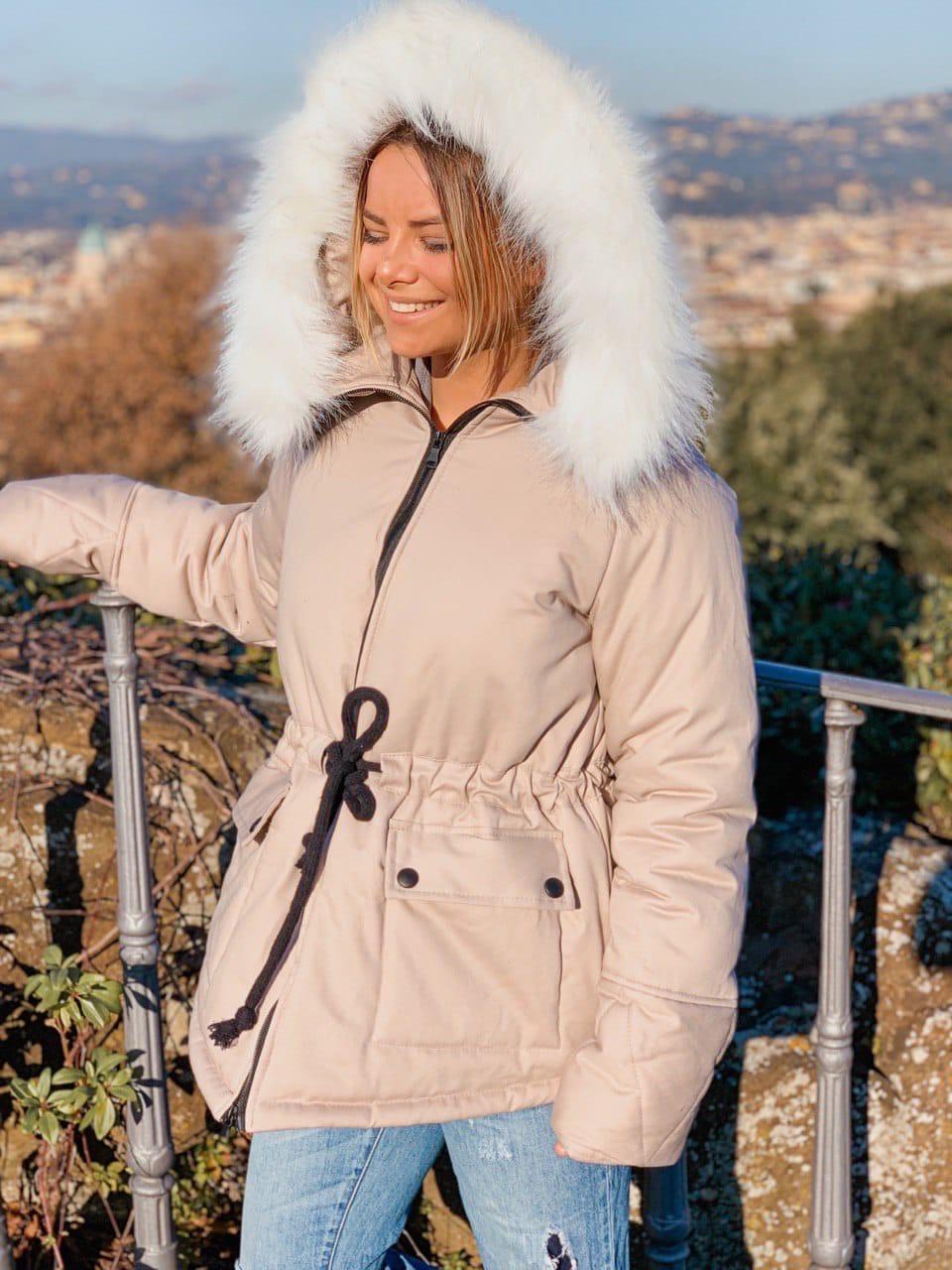 Женская куртка миди с кулиской на поясе и мехом на капюшоне (р. 42-46) 18ki482