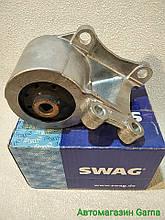 Подушка опора двигуна Транспортер Т4 задня SWAG