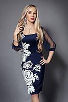 Стильные женские платья в модный принт