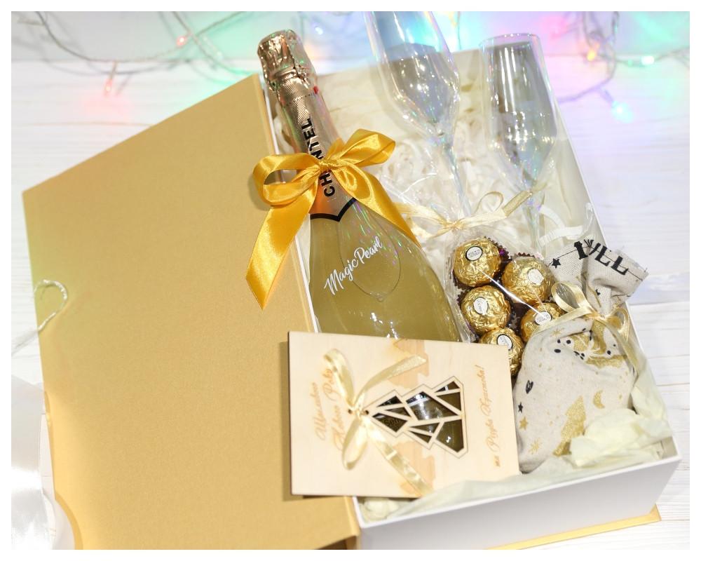 """Подарунковий набір """"Золото в келиху"""""""