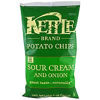 ОРИГІНАЛ!Kettle Foods,Картопляні чіпси,сметана та цибуля 142 грам виробництва США