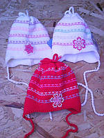 Весенняя вязанная шапочка для девочки, фото 1