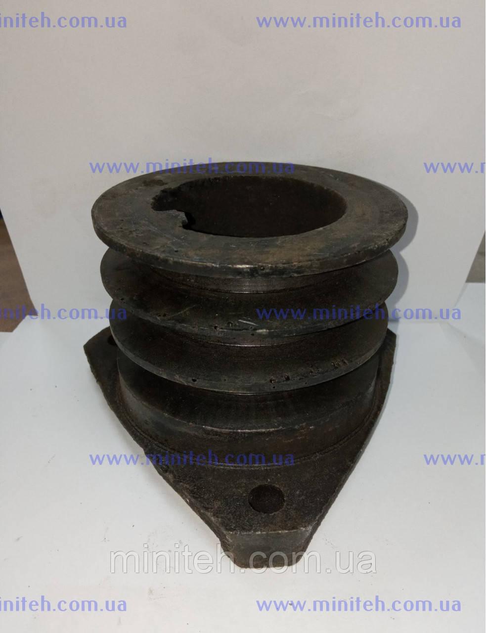 Шкив приводной 3-х ручейный дв. R 175/180 (ф 100 мм)