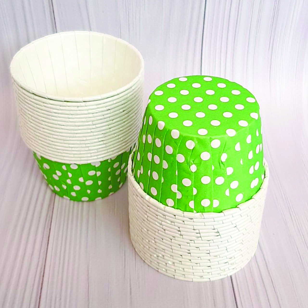 Формы бумажные для кексов усиленные с бортиком Зеленый горох, 50*40 мм.