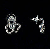 Сережки-пуссети Квітка з білими стразами, метал під срібло, 2,5 см, фото 3