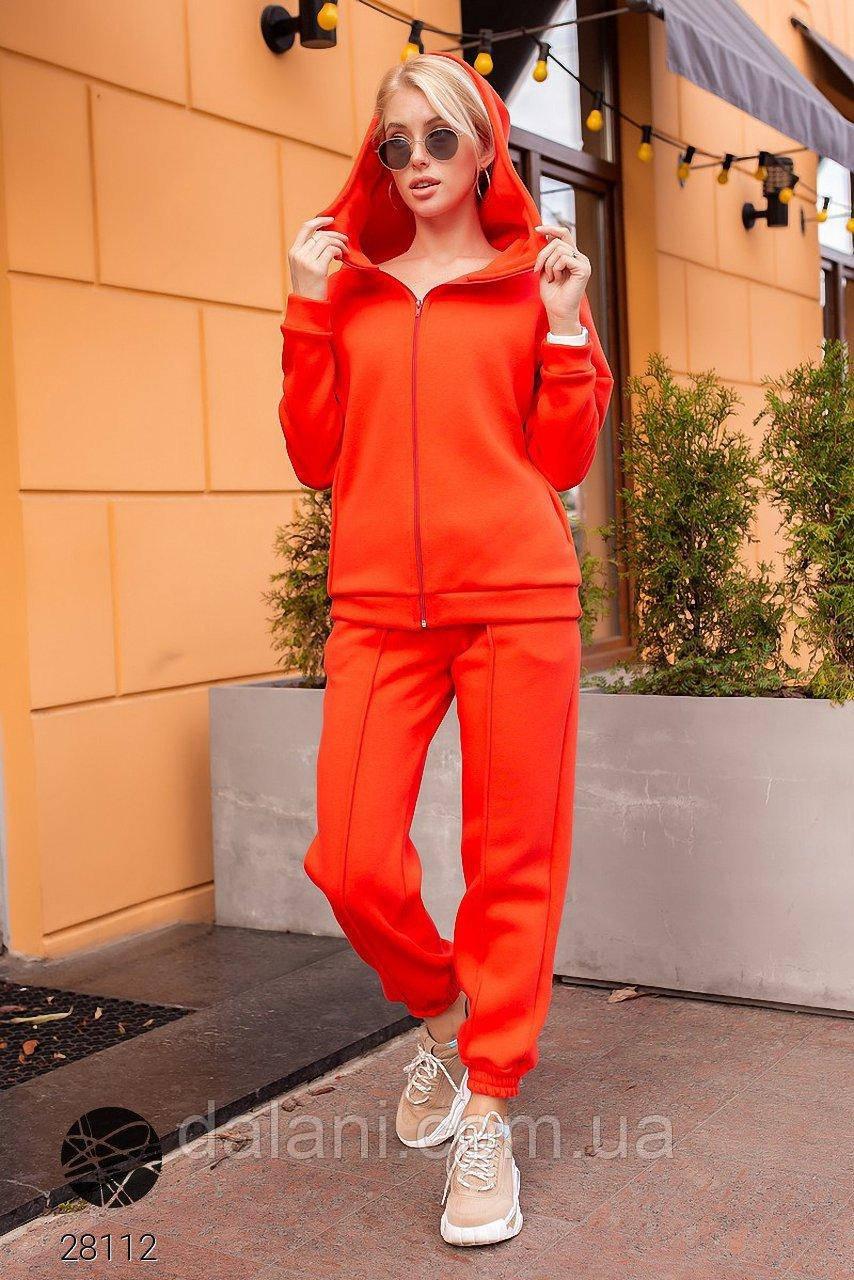 Спортивный женский оранжевый костюм с капюшоном