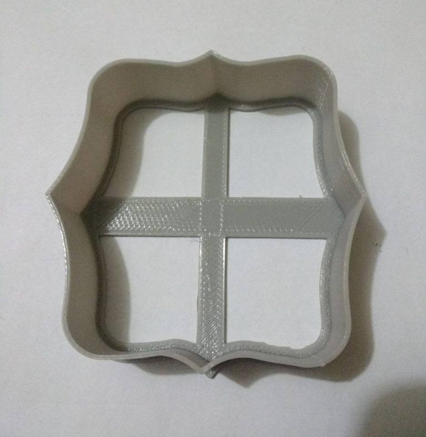 Висічка для пряників у вигляді рамочки