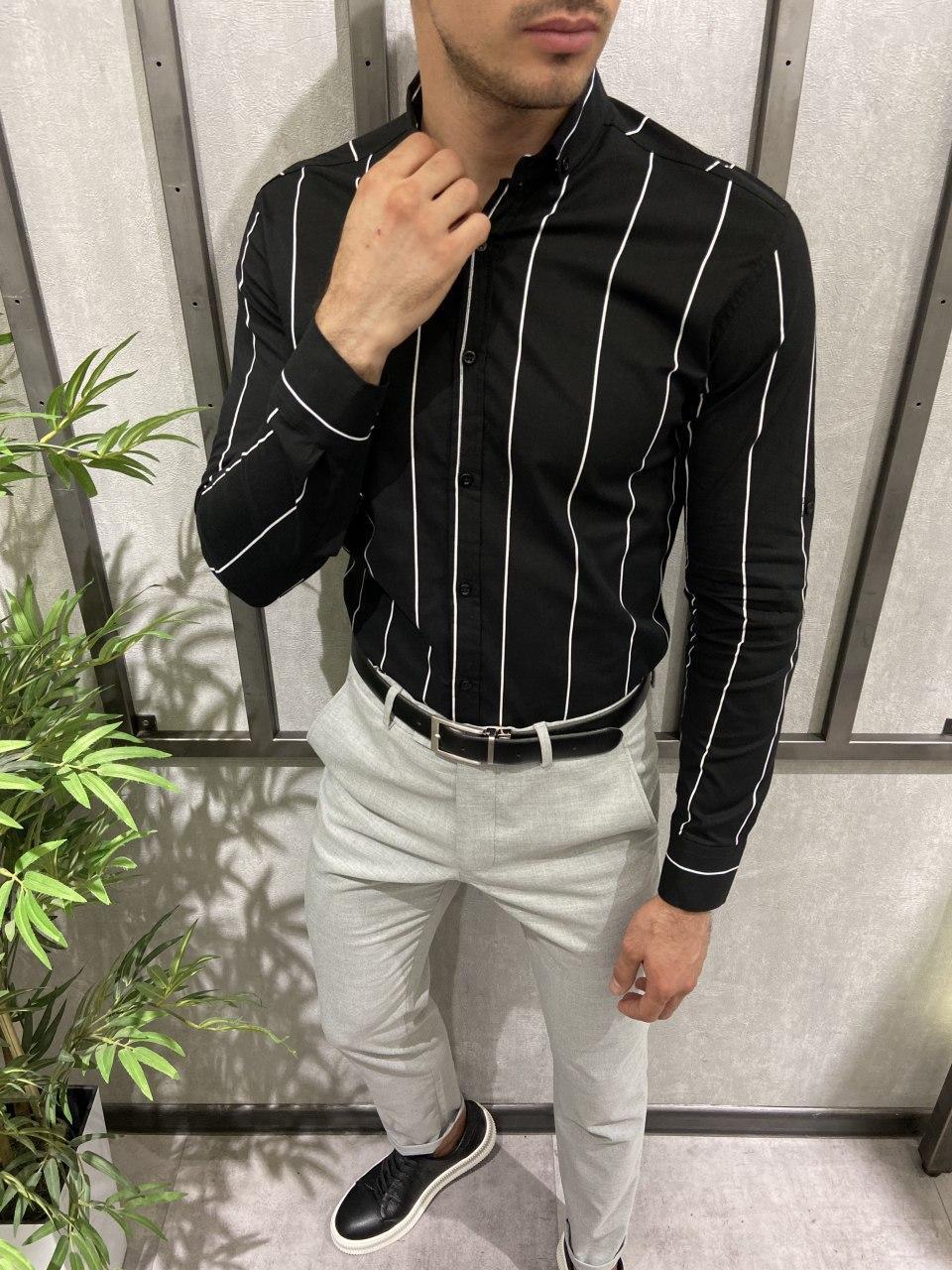 Мужская рубашка черная в белую полоску
