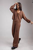 Стильный трикотажный женский костюм c брюками и кофтой на пуговицах в 2 цветах в универсальном размере