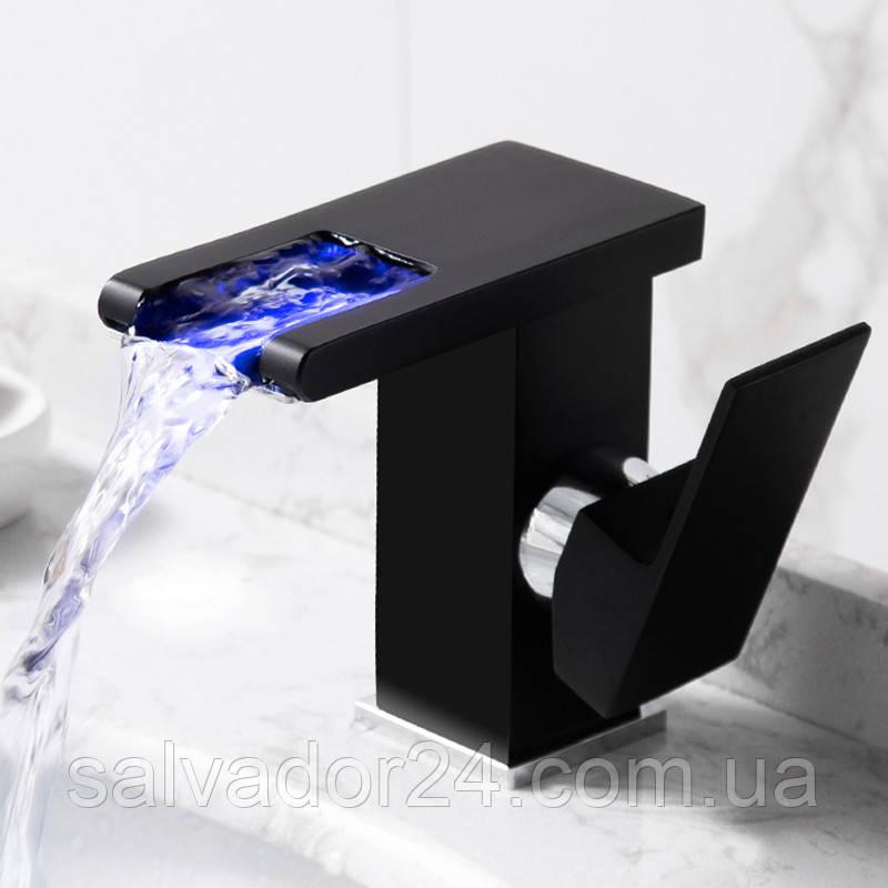 Современный каскадный смеситель с подсветкой для раковины ванной комнаты, черный матовый