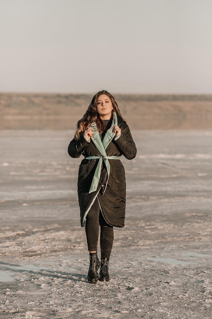 Жіноча осінньо-зимова куртка з плащової тканини на синтепоні з глибоким шалевим капюшоном, батал великі розміри