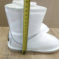 Натуральна шкіра Уггі UGG шкіряні дитячі БІЛІ чобітки уггі черевики уггі дитячі шкіряні, фото 2