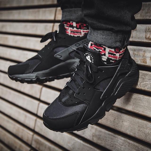 Кроссовки Nike Air Huarache triple black