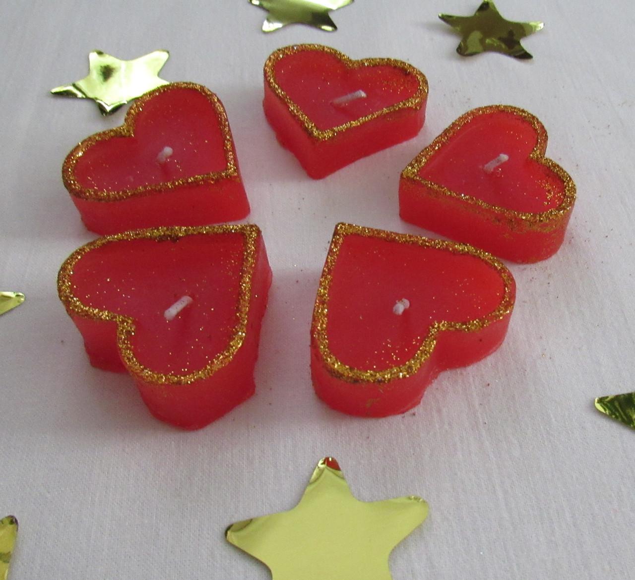 Набор 5 шт свечей в виде сердца красные