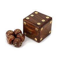 Кости игральные в деревянной коробке