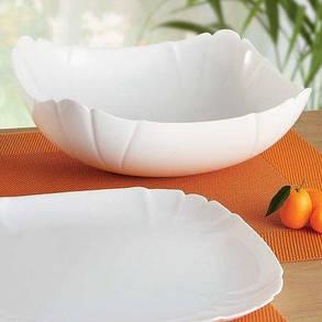 Большой квадратный салатник из белой стеклокерамики Luminarc Lotusia 250 мм (H1396), фото 2