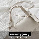 Женская квадратная сумочка на ремешке рептилия белая, фото 2