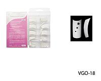 Белые слегка зауженные типсы с 3-мя звездообразными отверстиям Lady Victory LDV VGO-18 /82-0