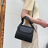 Женская квадратная сумочка кроссбоди на ремешке рептилия черная, фото 4