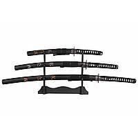 Набір самурайських мечів дайсе катана вакізасі і танто епохи Едо (XVII—XIX століття).