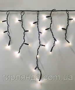 Вул. БАХРОМА 100 LED 4,5 м*0,7 м, чорний каучук 3.3 мм, теплий білий (з режимами)