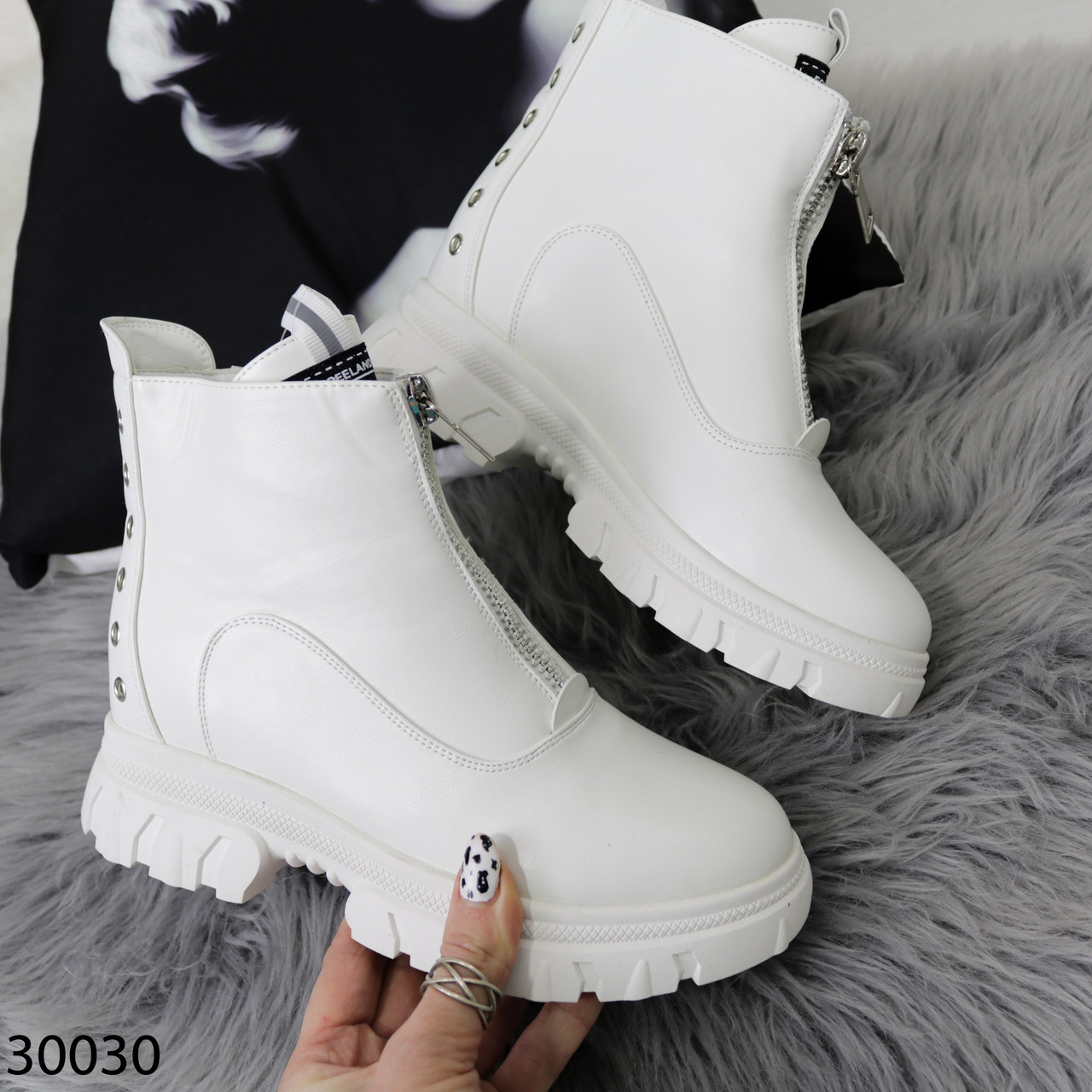 Ботинки женские белые Деми 30030