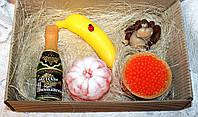 """Новогодний набор мыла ручной работы """"Обезьяна средняя, банан, советское шампанское, красная икра, мандарин"""""""