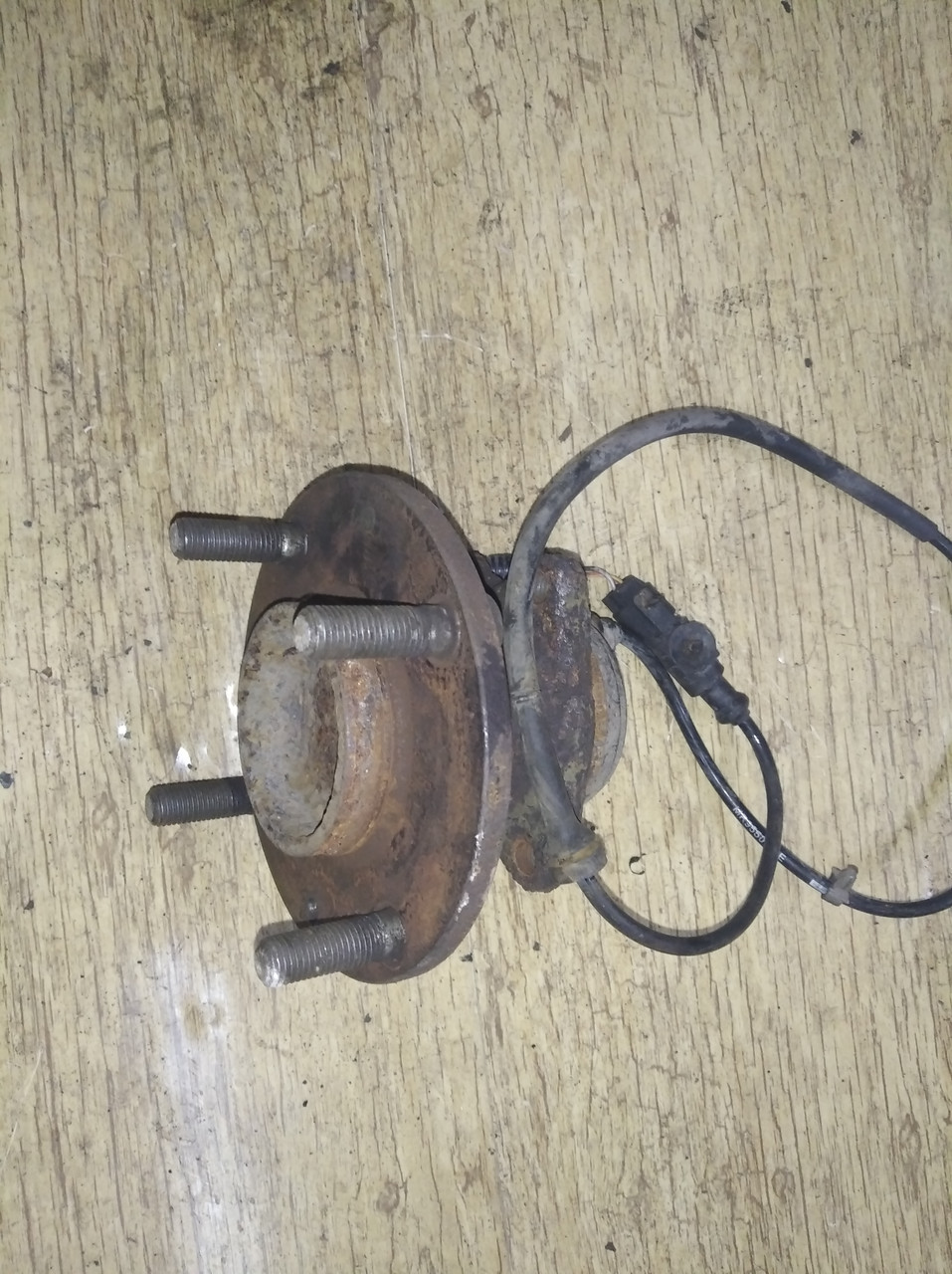 Ступица задняя с датчиком абс MR594142 993093 Colt CZ 3 Mitsubishi