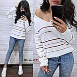 Жіночий в'язаний светр з V-вирізом і спадаючим плечем, візерунок - тонкі смужки (р. 42-46) 904961, фото 4