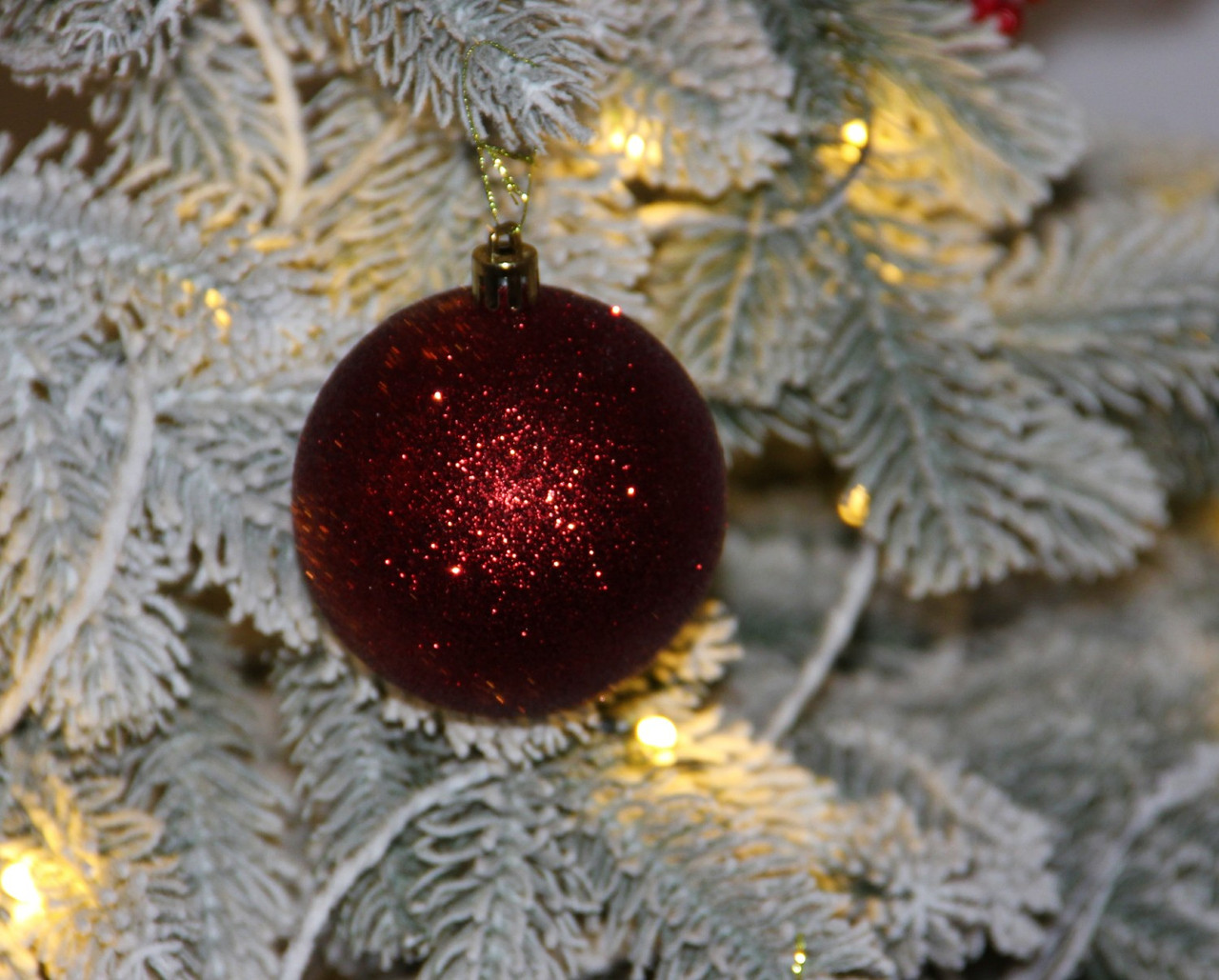 Куля новорічна темно-червона мікс D 6см (60мм)