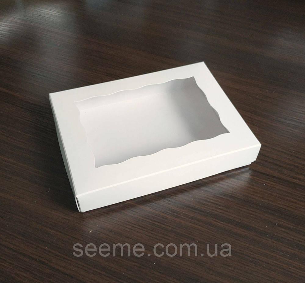 Коробка подарочная с окошком 200х150х30 мм