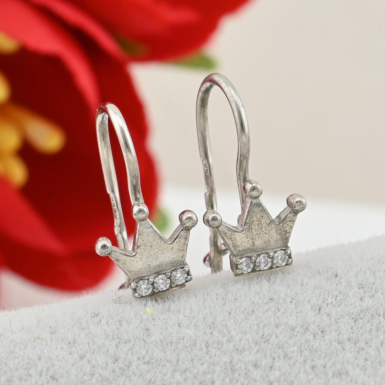 Серебряные серьги Маленькая принцесса размер 11х6 мм вставка белые фианиты вес 0.8 г