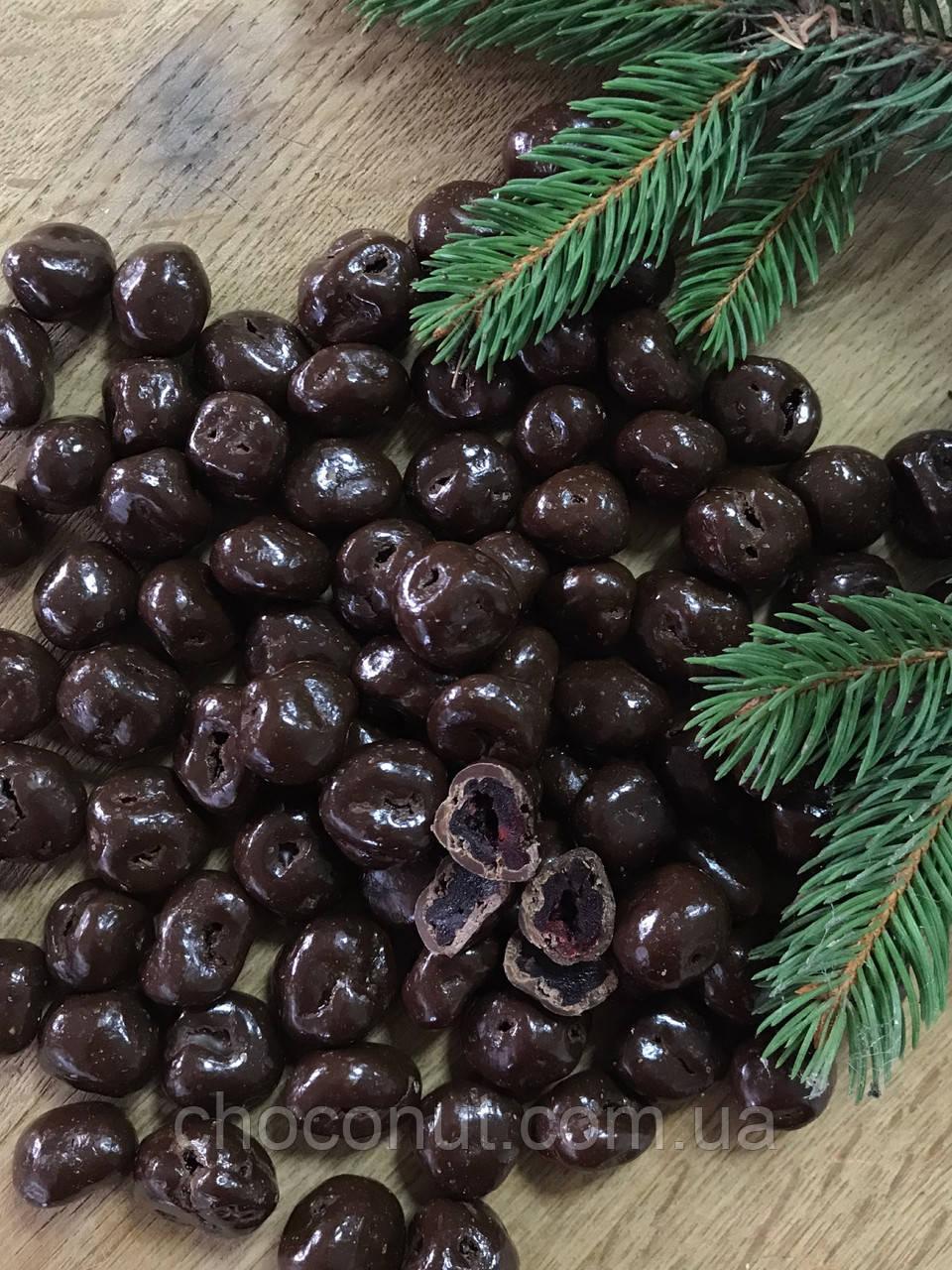 Вишня в Чорному шоколаді