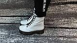 Женские демисезонные кожаные ботинки белого цвета в стиле Мартинс 36-40, фото 6