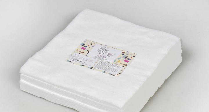 Салфетки в пачке Panni Mlada 10*10 см (100 шт / пач) спанлейс 40 г / м2, текстура: гладкая