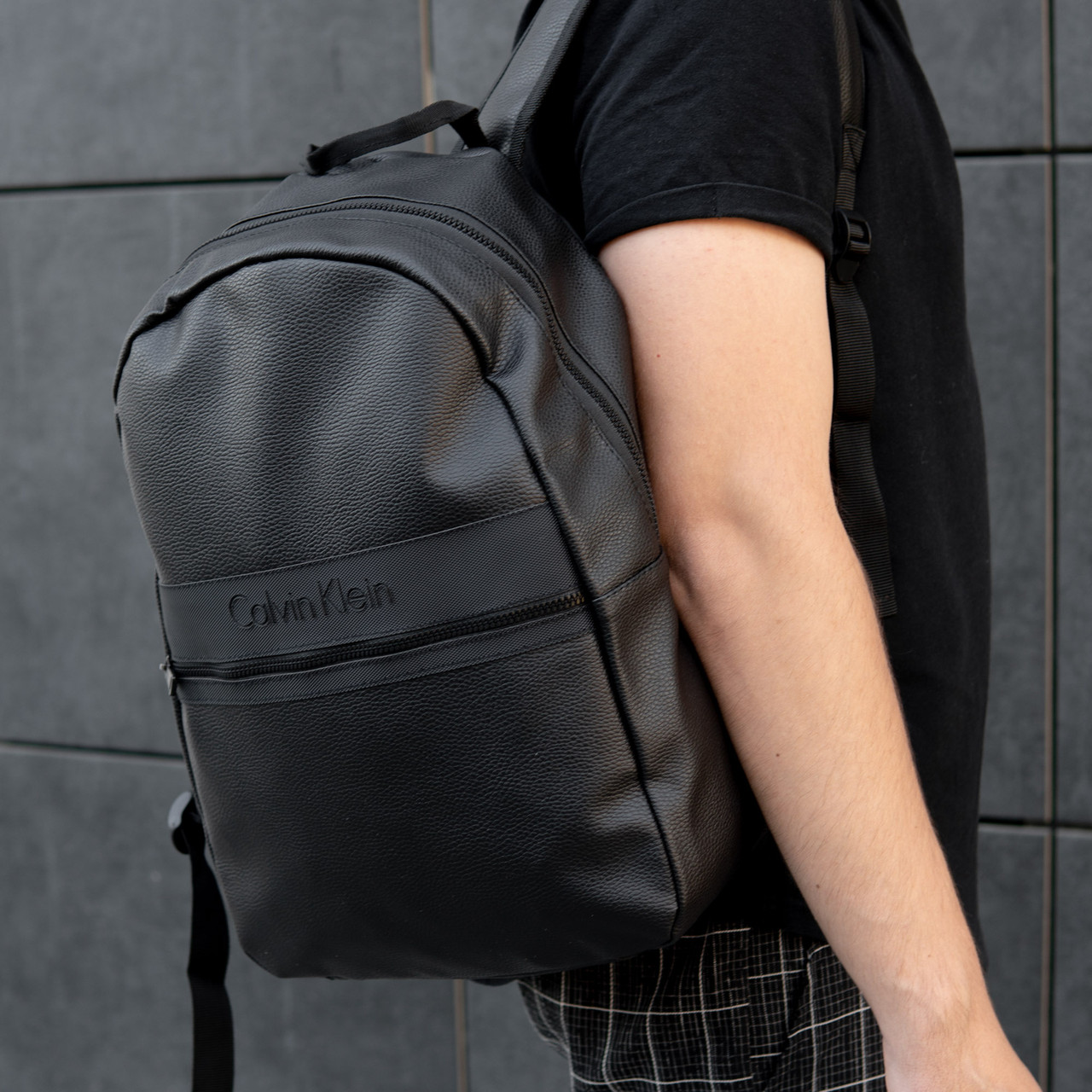 Рюкзак чоловічий шкіряний міської чорний RGB-23