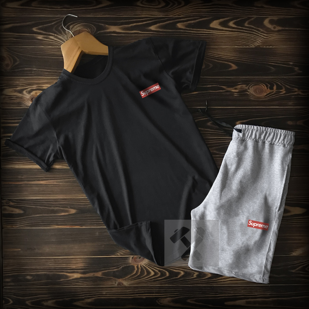 Мужская футболка и шорты Суприм, трикотажная