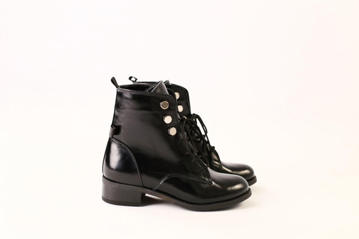 Демисезонные черные ботинки для девочки, кожа наплак, Черный